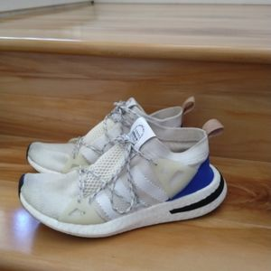 Adidas white blue sneakers size 7.5